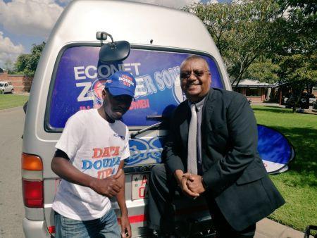 1205-47317-zimbabwe-econet-lance-le-wi-fi-dans-les-taxis_m