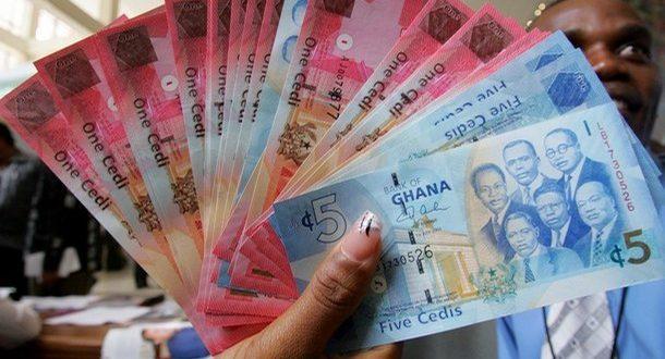 Ghana: la chute du cédi préoccupe les milieux d'affaires ...